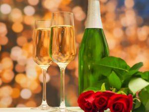 結婚記念日には花束を!知りたいおすすめや気になる相場を解説
