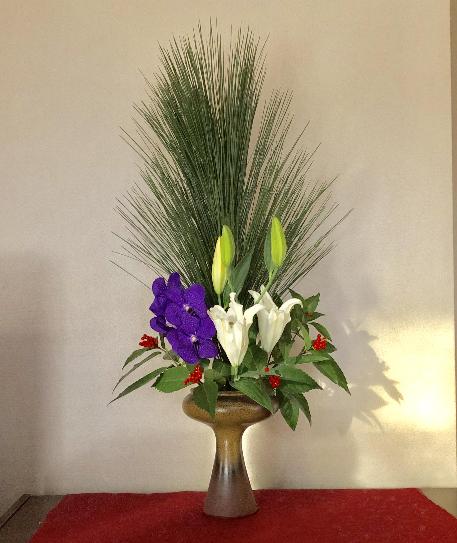 お正月用生け花〈リビング編〉花材と花器と生け方について