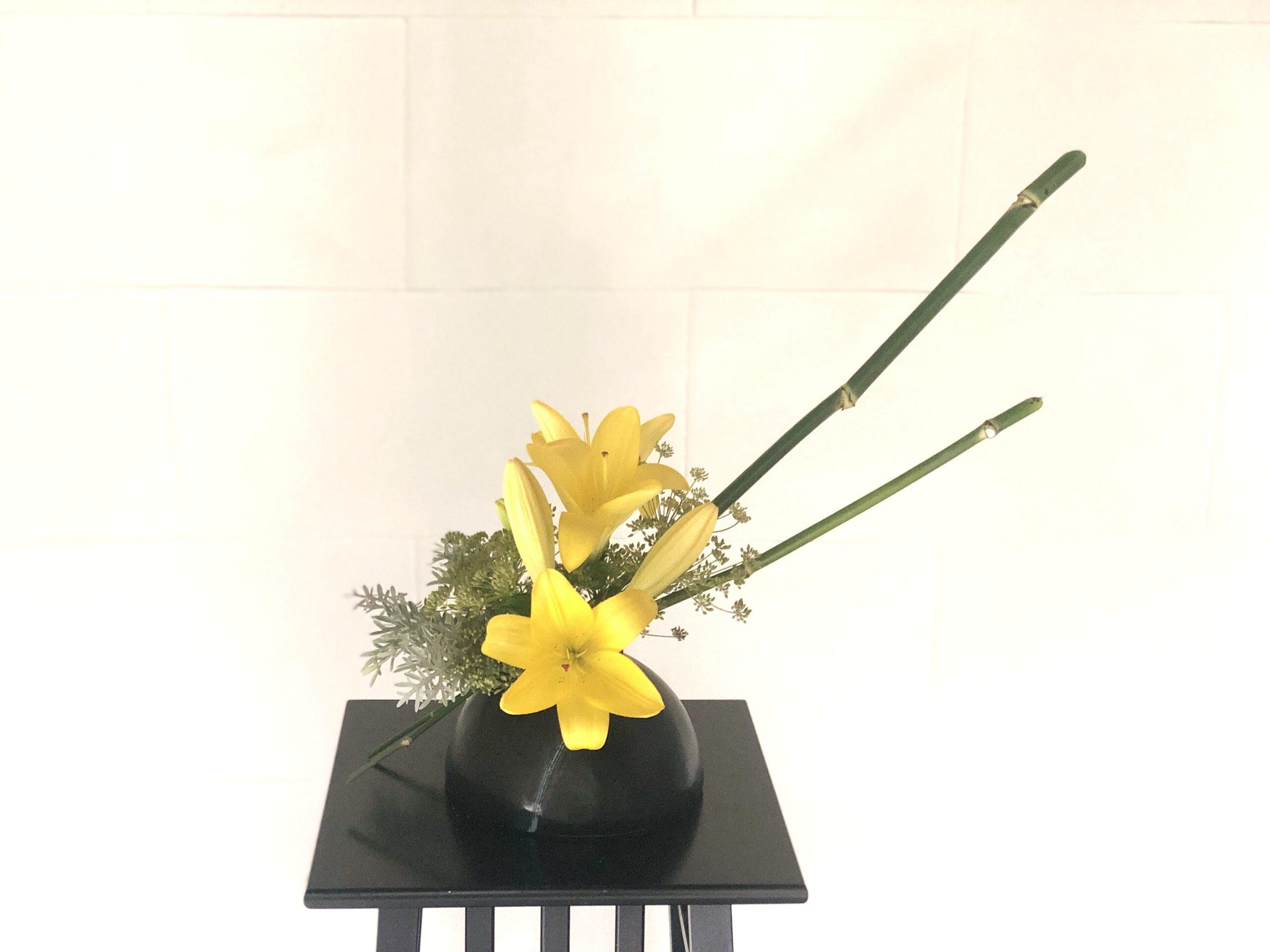 ウイキョウの生け花 茎とお花を別々に活ける